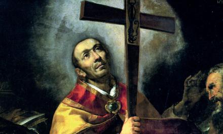 La Via Crucis guidata dal cardinale Scola con la reliquia del Santo Chiodo e la Croce di San Carlo