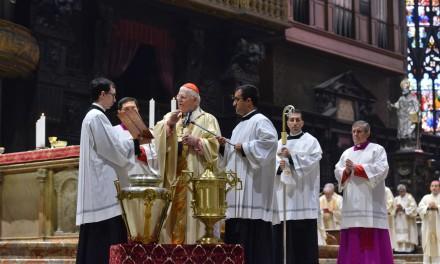 Messa Crismale in Duomo. Scola: «Il prete, uomo dell'incontro, del servizio e della testimonianza profetica»