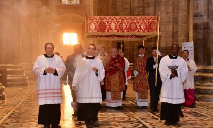 """Scola nella Messa in """"Coena Domini"""": «Condividere la sofferenza di tutti senza escludere nessuno»"""