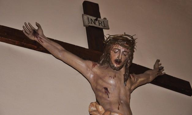 Via Crucis, in cammino verso la Pasqua
