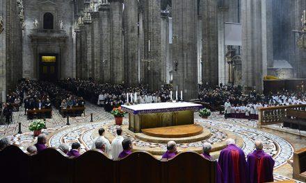 Avvento, il 12 novembre l'Arcivescovo Delpini invita i nonni in Duomo