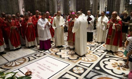 Il cardinale Tettamanzi. Un uomo benevolo, coerente, fedele al Vangelo