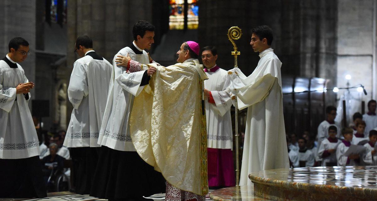 La Chiesa ambrosiana non si tira indietro e vuole bene al Papa