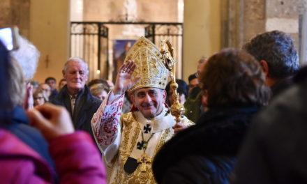 «Ognuno dia il suo contributo, aiutando il Vescovo, per dare speranza a chi ha perso la strada»
