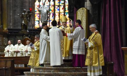 L'Arcivescovo ai giovani: «Si diventa grandi quando si capisce che la nostra vita è benedetta da Dio»