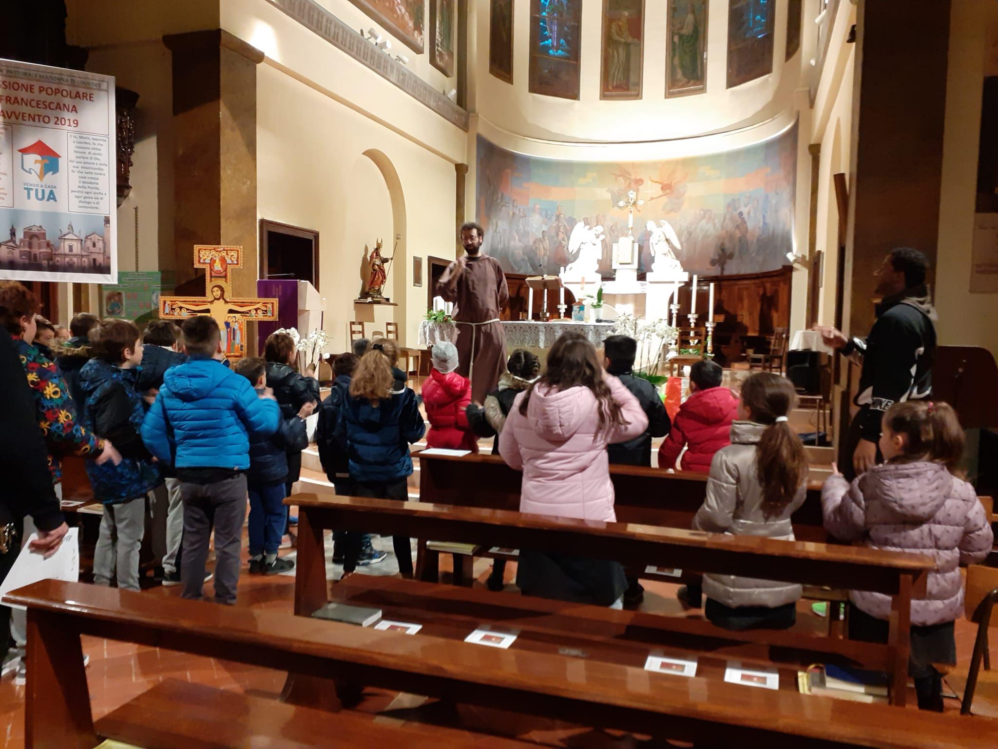 """Il """"Buongiorno Gesù"""" nelle parrocchie della comunità nei giorni della Missione"""
