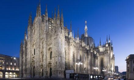 Il Duomo illuminato fino a Pasqua