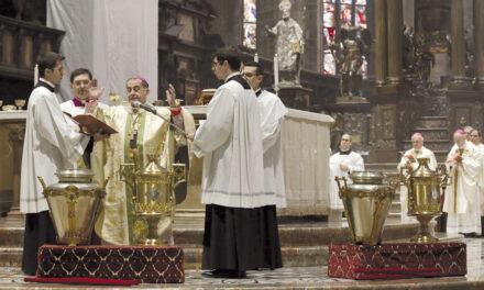 Preti e Arcivescovo insieme alla Messa Crismale, un forte segno di ripartenza